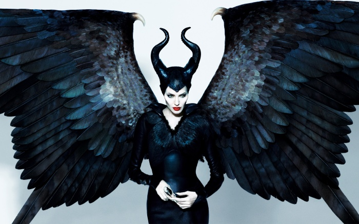 angelina-jolie-maleficent-2014-wings-feather-poster-film-widescreen-