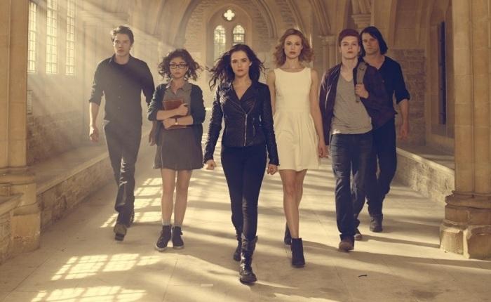 Vampire-Academy-cast-photo